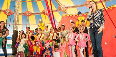 Primeira-dama Onélia Santana participa de atividades no Circo-escola