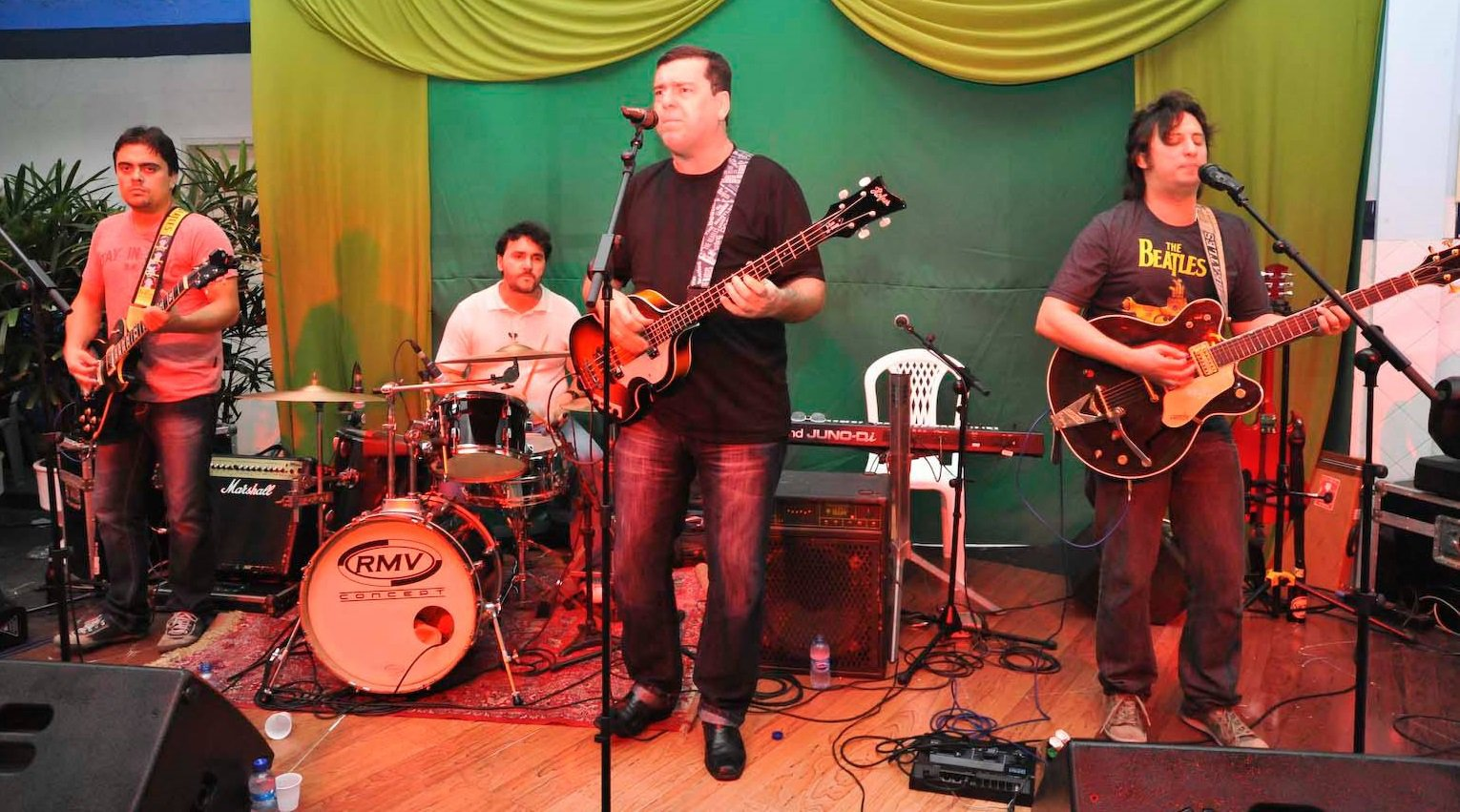Banda Rubber Soul - cover dos Beatles