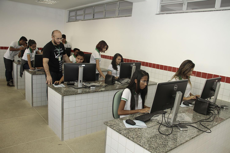 Fotos da Escola de Educação Profissional - Barro/CE