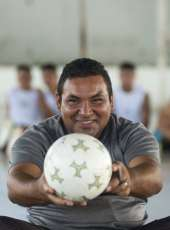 #CearádeAtitude: Marigésio, o ex-jogador que ressocializa jovens com a bola