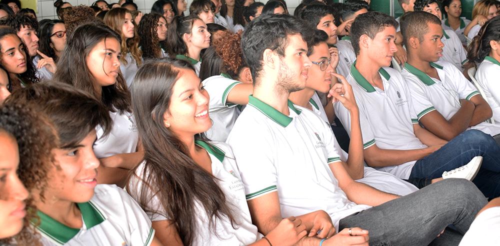 Ao todo, cerca de 90 alunos discutiram sobre a importância do controle social para o exercício da cidadania