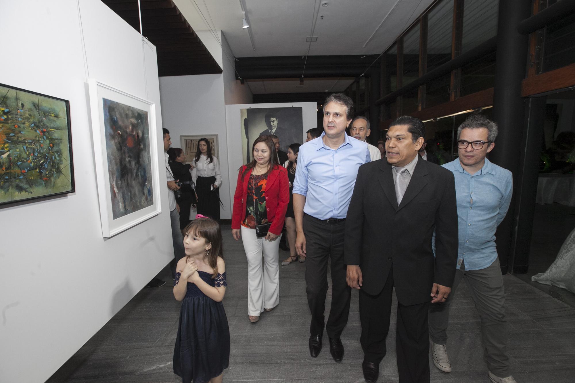 """Mostra """"Do Crepúsculo ao Noturno"""" reúne cerca de 100 obras do artista cearense, falecido em 6 de outubro de 1967."""
