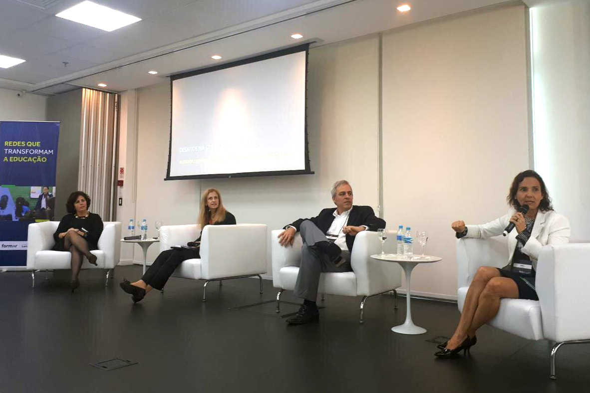 A vice-governadora Izolda Cela participou nesta quarta-feira (4), em São Paulo, do 1º Encontro Nacional Redes Que Transformam, do programa Gestão para a Aprendizagem, realizado pela Fundação Lemann.