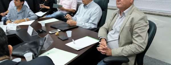 Os empresários apresentaram à Semace duas propostas de simplificação dos processos de licenciamento
