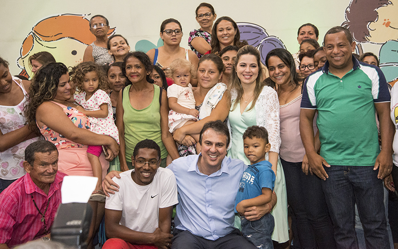 Cartão Mais Infância dará auxílio a 60 mil famílias em extrema pobreza no Ceará