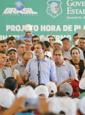 Morada Nova: Governo do Ceará lança 31º Hora de Plantar e entrega toneladas de sementes a agricultores familiares