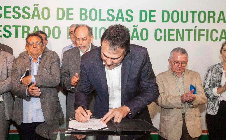Governo do Ceará vai destinar 1,01% da receita tributária líquida para a Funcap