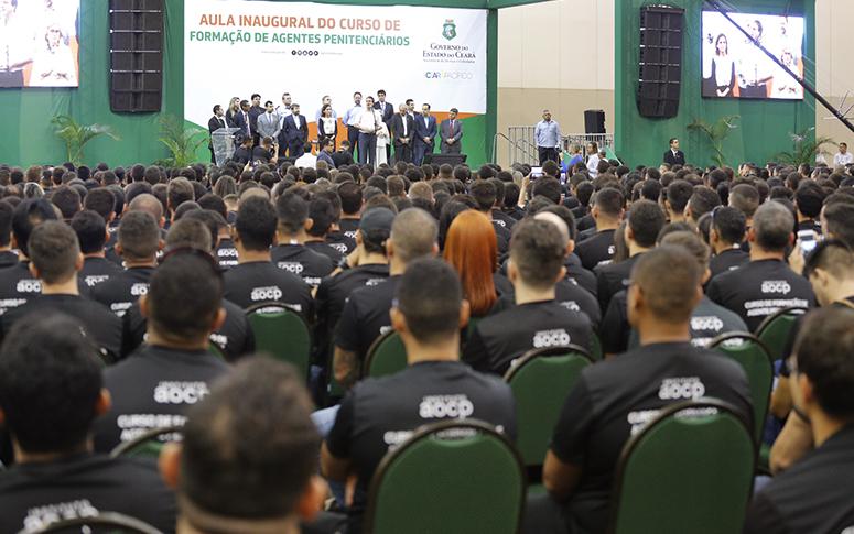 Novos agentes penitenciários: cerca de 1.700 candidatos iniciam curso de formação