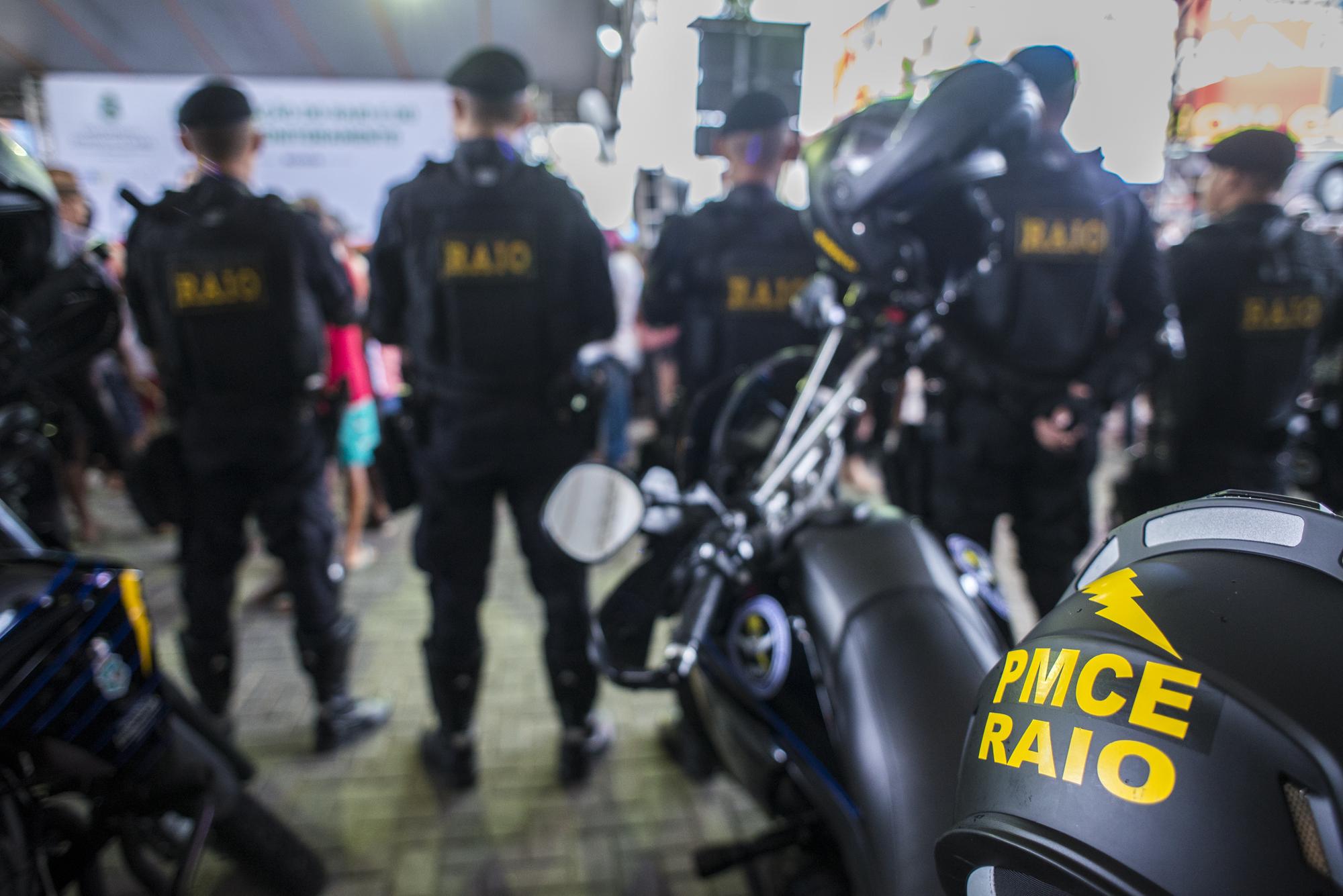 Resultado de imagem para viatura policia acopiara raio
