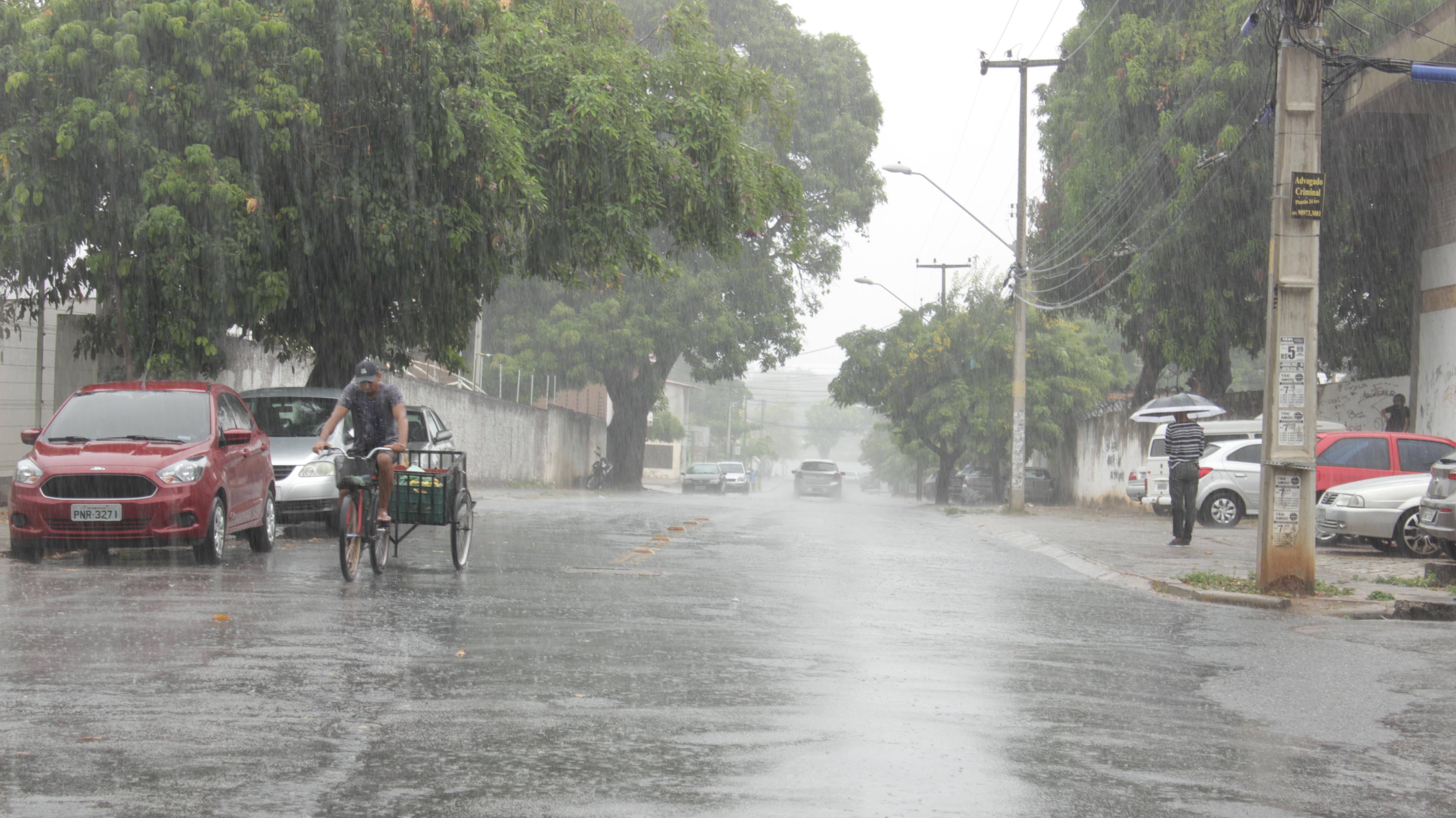 Cagece alerta sobre cuidados com rede de esgoto durante quadra chuvosa