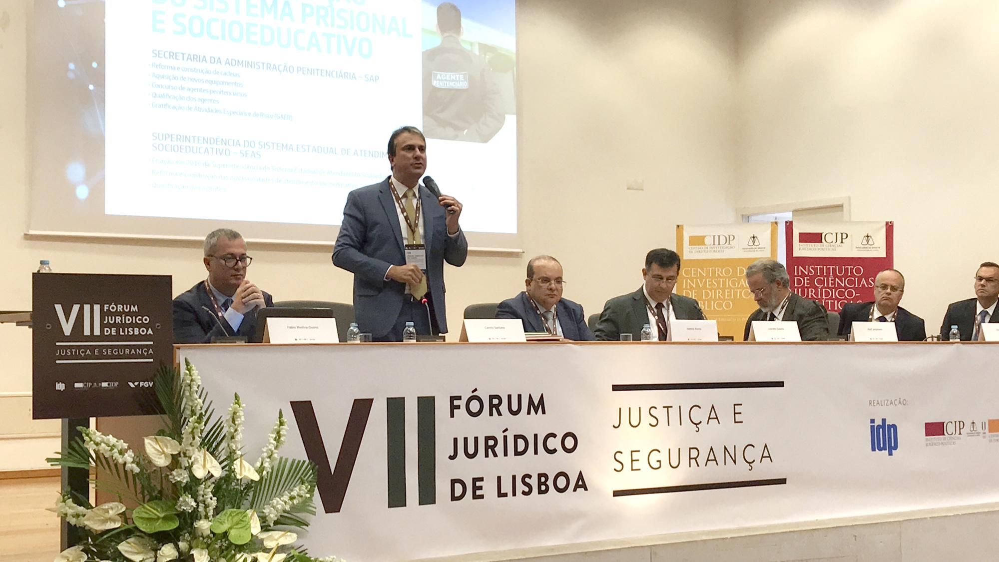 Em Lisboa, governador apresenta modelo do Ceará para reforçar a segurança pública