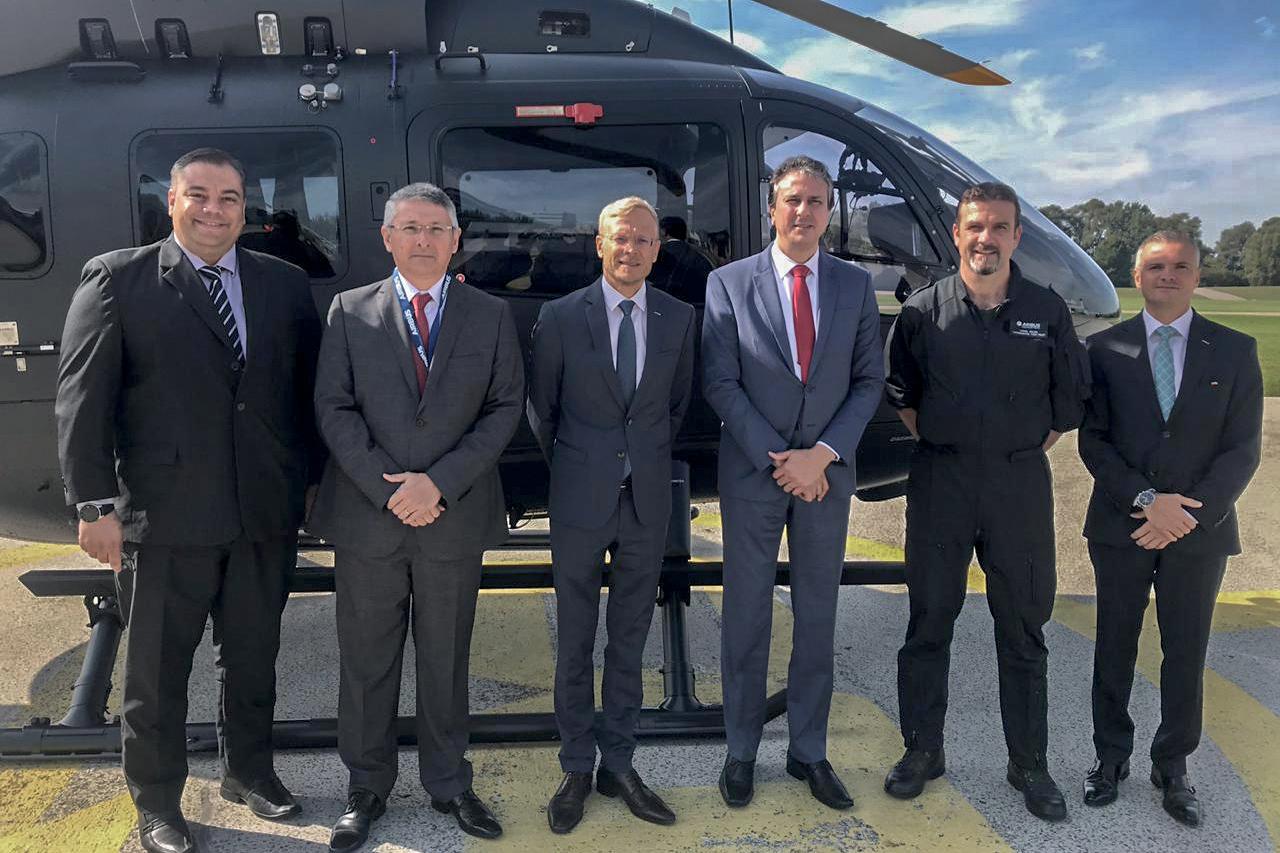 Governo do Ceará negocia aquisição de mais dois helicópteros