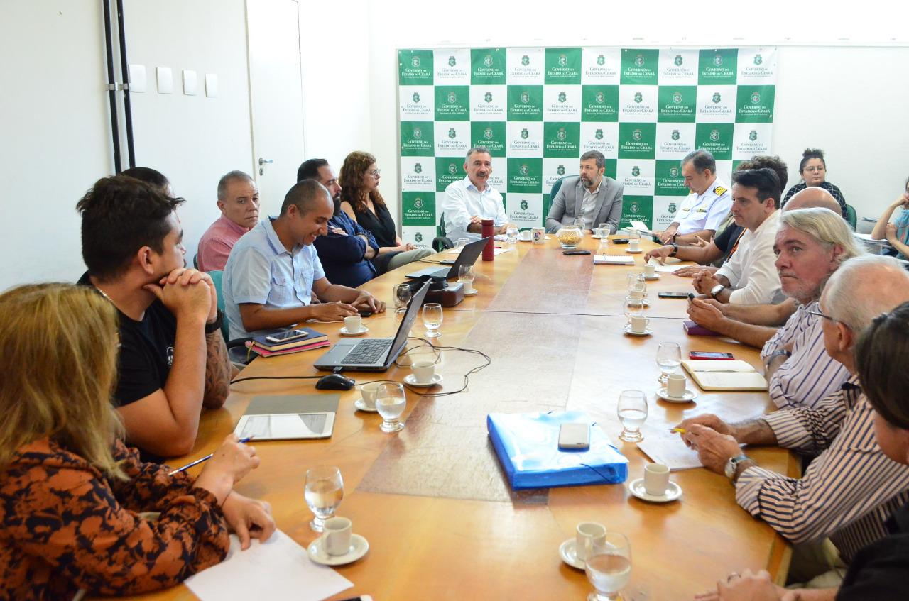 Grupo de Trabalho define ações de combate à mancha de óleo no Ceará