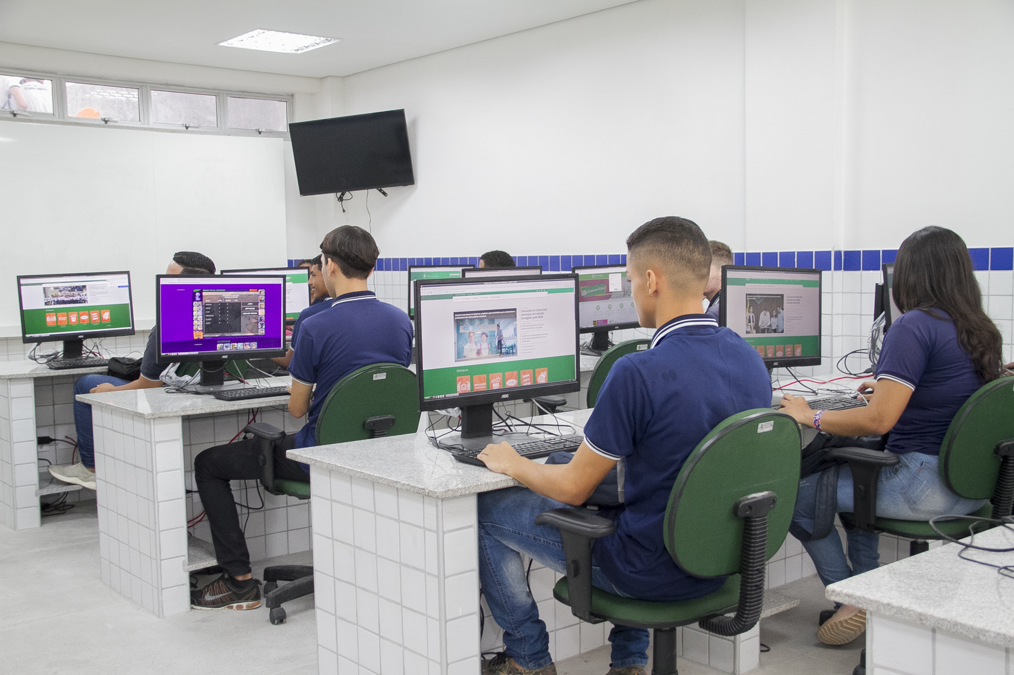 sede renovada da EEFM Deputado Paulino Rocha