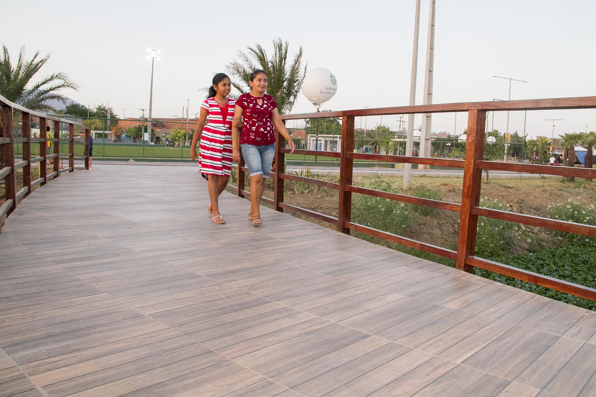 Moradores de Sobral comemoram entrega do Parque Pajeú totalmente urbanizado - Ceará
