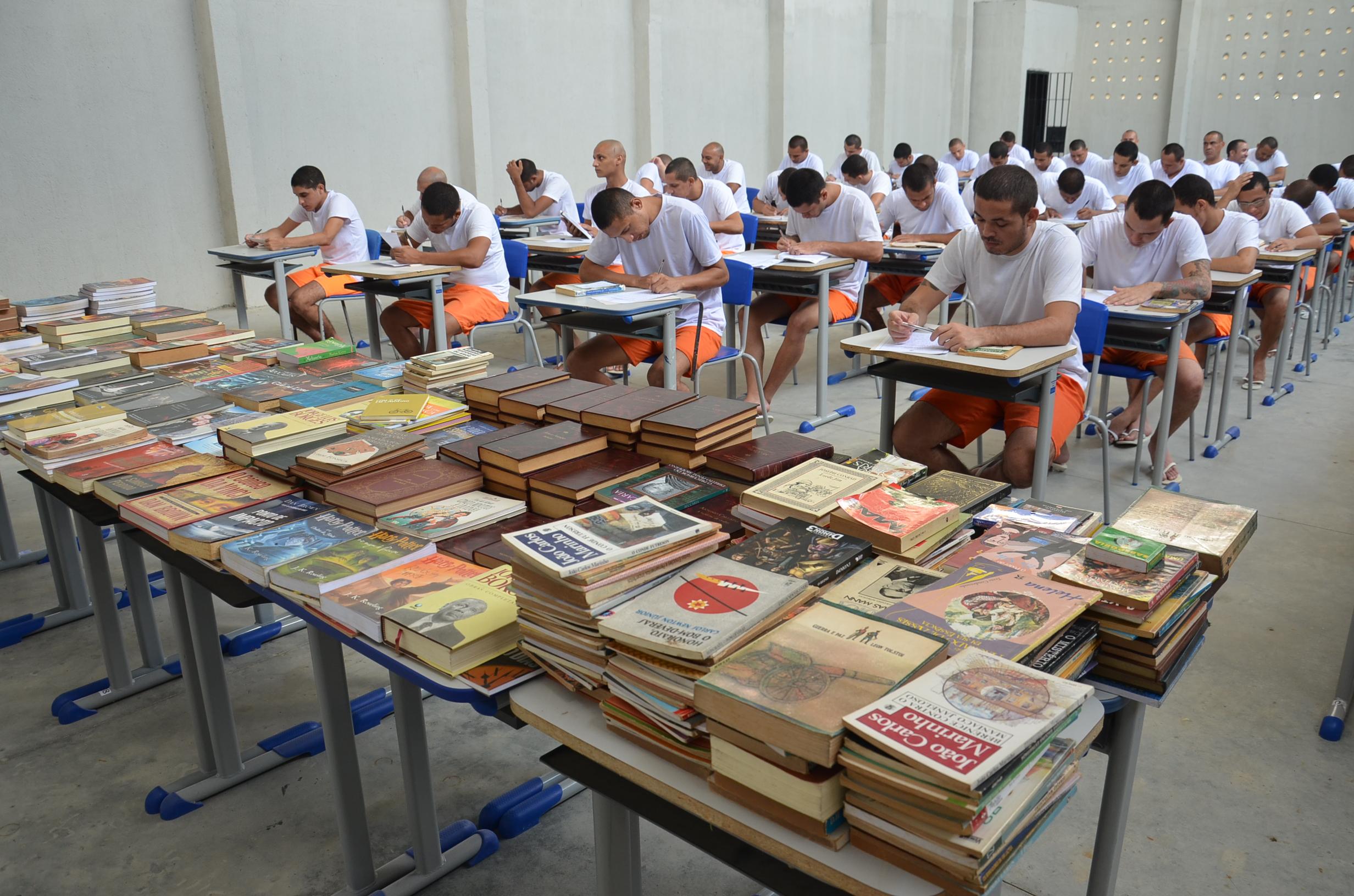 Projeto Livro Aberto em unidade prisional do Ceará