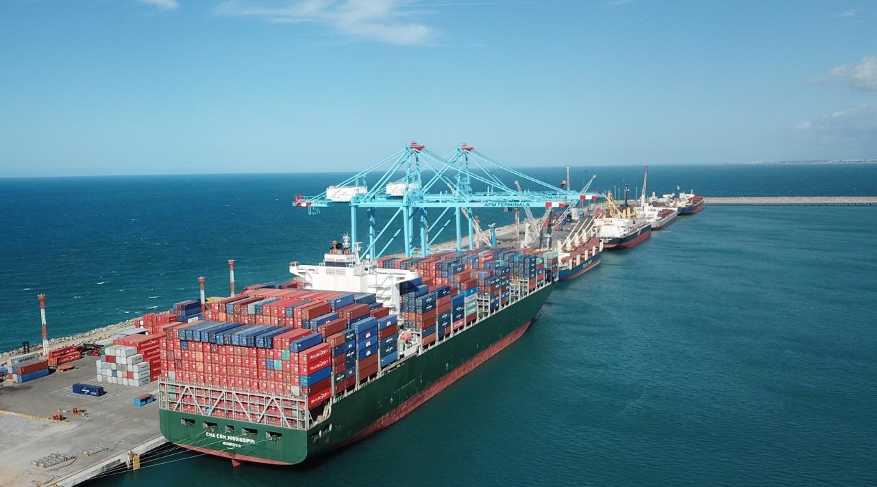Movimentação de cargas no Porto do Pecém