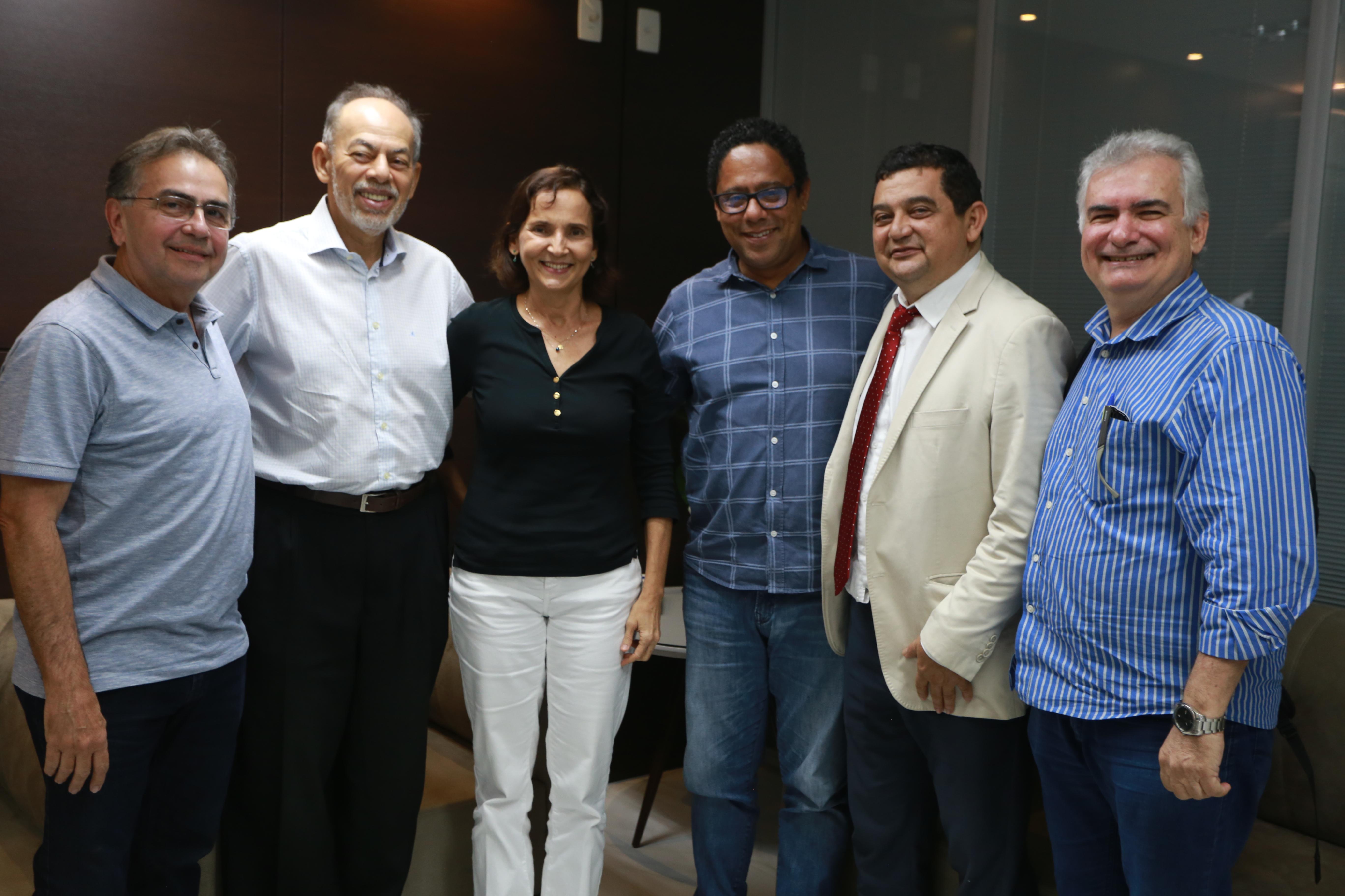 Vice-governadora apresenta modelo educacional do Ceará para deputado Orlando Silva