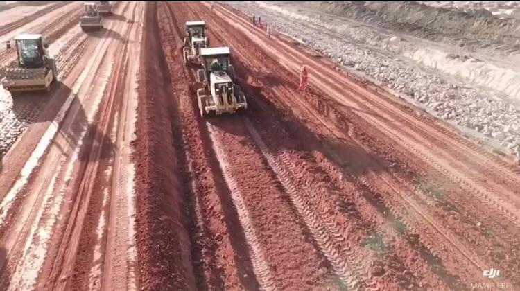 Obras da rodovia que ligará Jaguaruana à BR-304