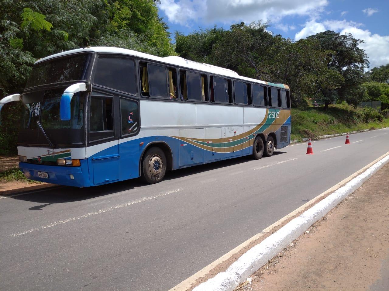 Ônibus clandestino vindo de São Paulo